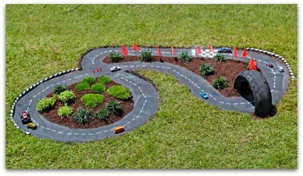 20 Fun Backyard DIY Projects to Surprise Your Kids