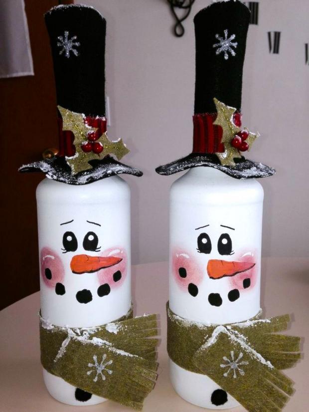 20 Wine Bottle Christmas Craft Ideas