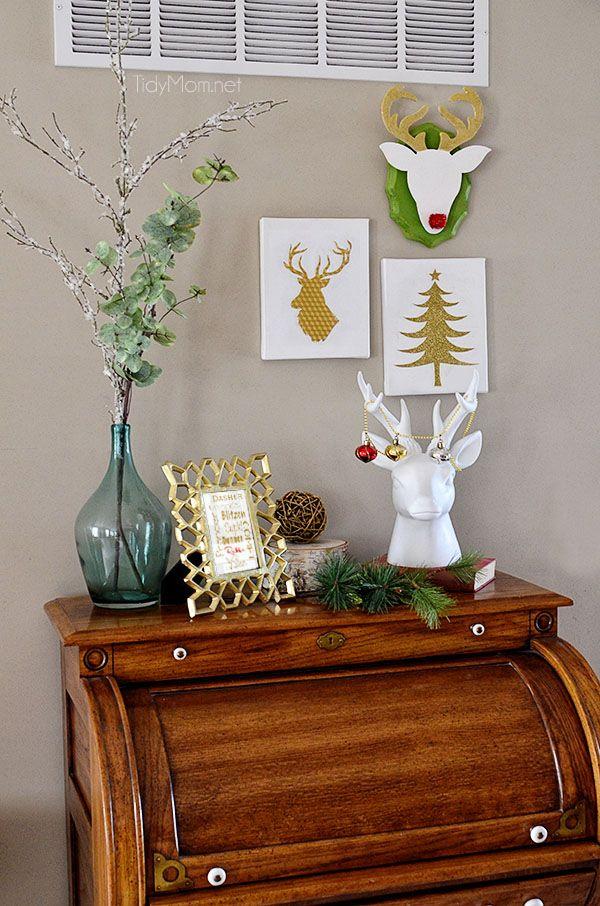 22 Creative DIY Christmas Wall Decor Ideas