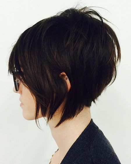 22 Easy and Trendy Short Hairstyles for Ladies