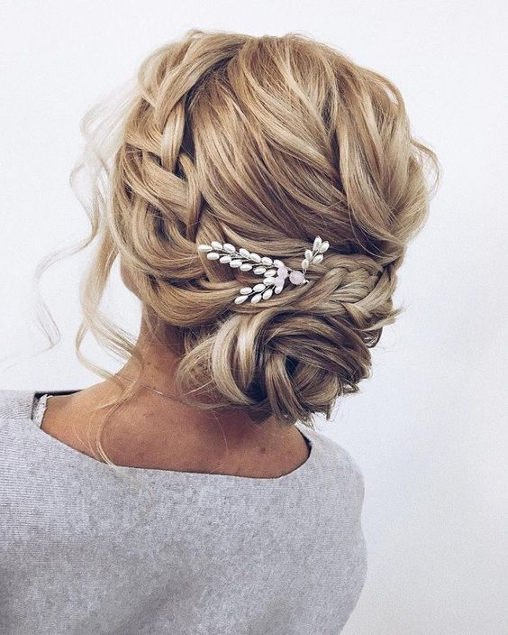 22 Most Trendy Wedding Hairstyles Inspiration for Bride