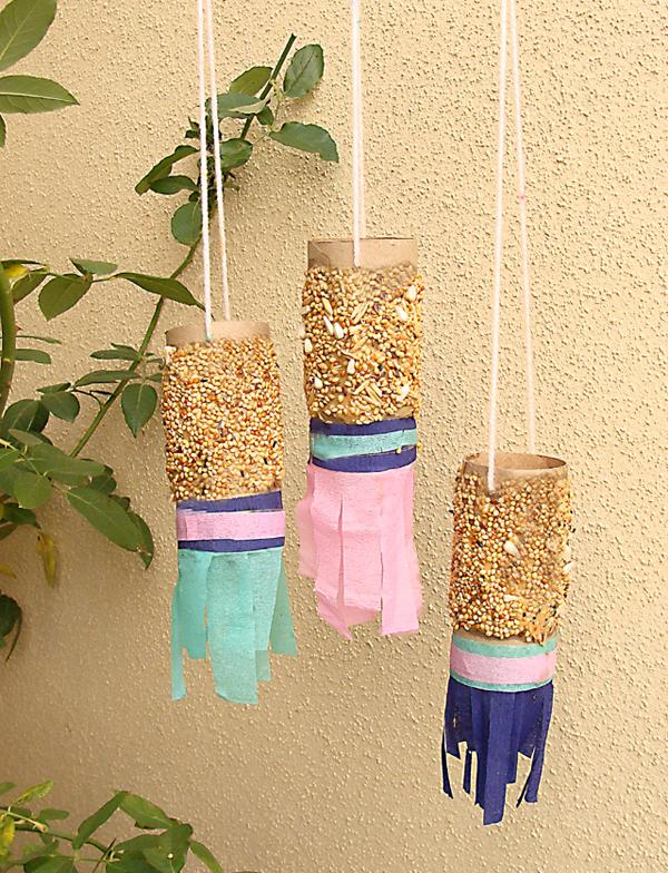 23 Cardboard-Tube-Bird-Feeders