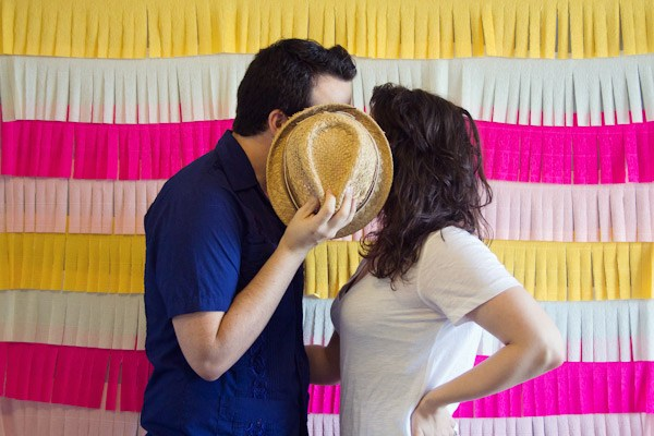 24 DIY Photo Backdrops That Will Make Your Photos Beautiful
