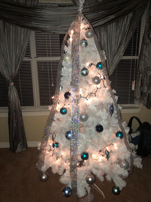 25 Artificial Christmas Pine Tree