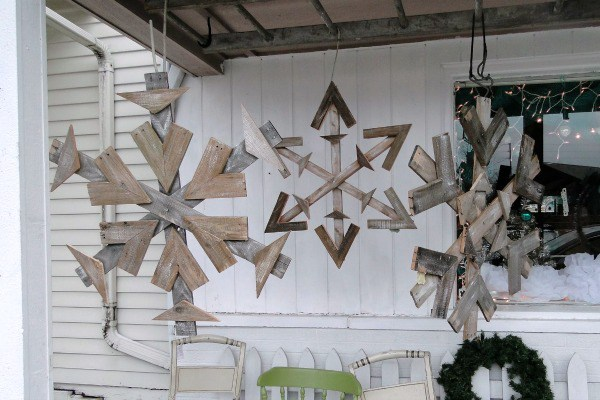 3 Amazing Christmas Pallet Projects