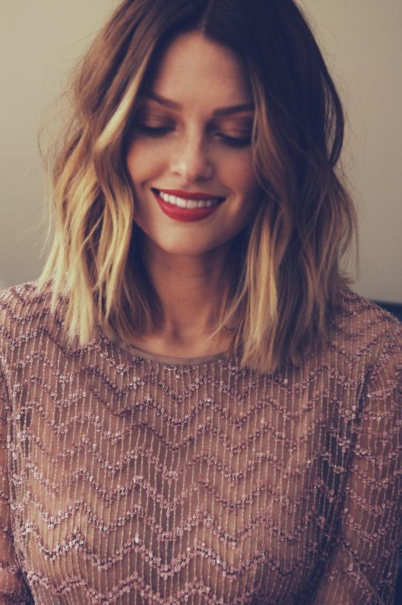 32 Easy and Cute Short Hairstyles For Round Face