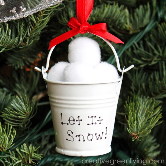 33 Amazing Dollar Tree Christmas Decor Ideas