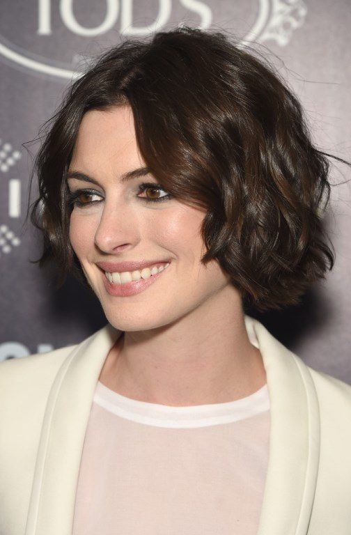 35 Easy and Cute Short Hairstyles For Round Face