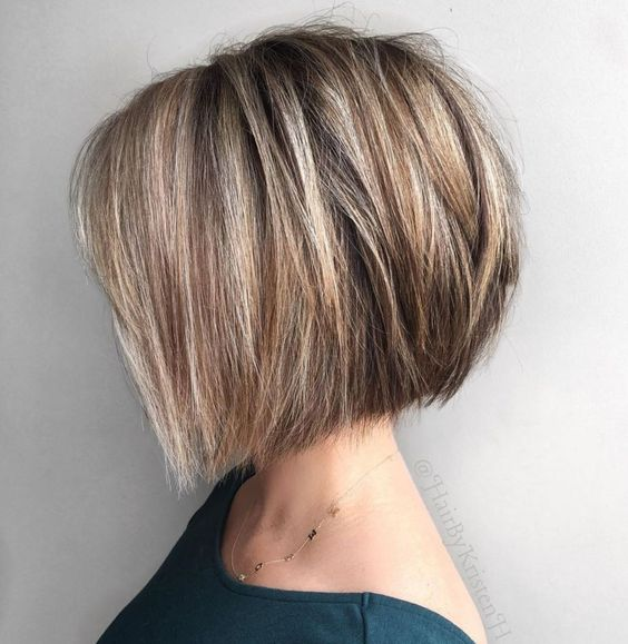 35 Easy and Trendy Short Hairstyles for Ladies
