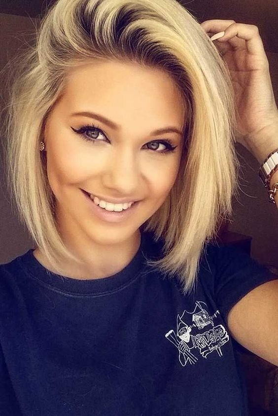 36 Easy and Cute Short Hairstyles For Round Face