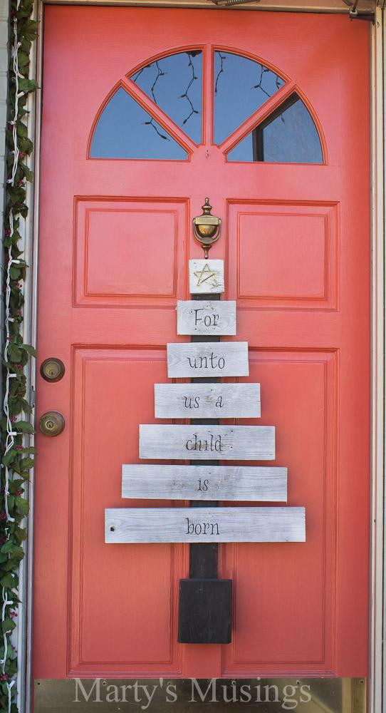 4 Amazing Christmas Pallet Projects