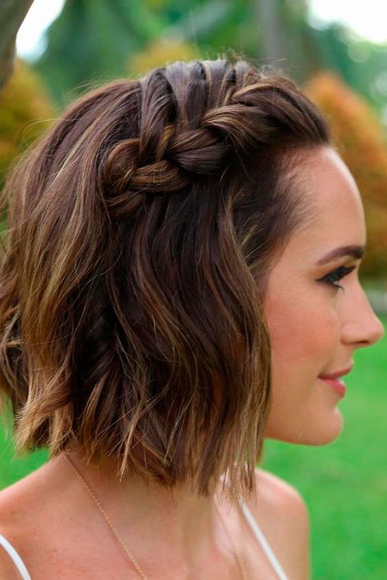 8 Easy and Cute Short Hairstyles For Round Face