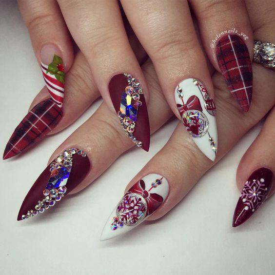 Christmas_Nails_Design_10