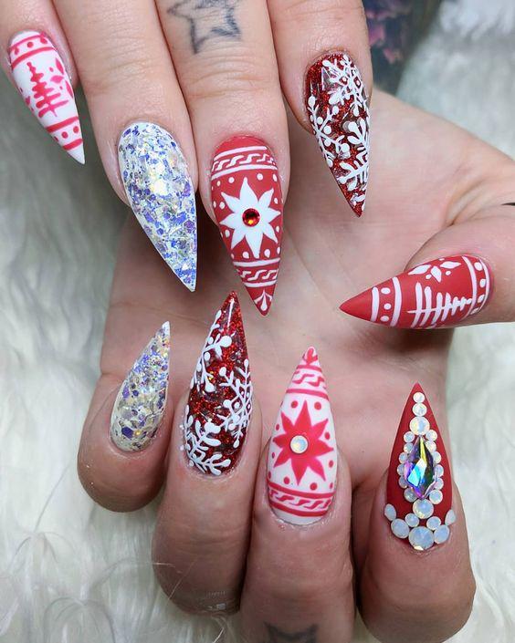 Christmas_Nails_Design_24