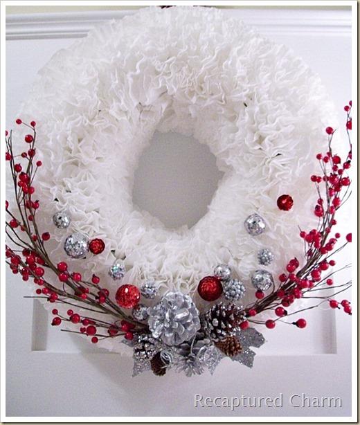 Festive Trash-To-Treasure Christmas Crafts 19