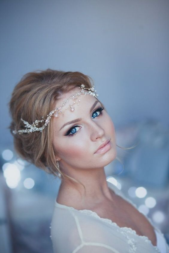 Stunning Natural Wedding Hairstyle for Bride 10
