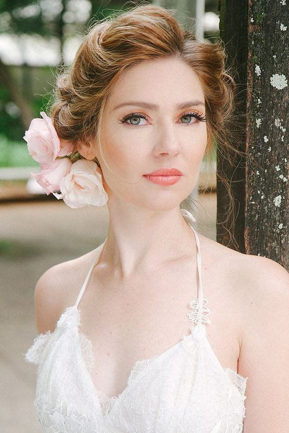 Stunning Natural Wedding Hairstyle for Bride 15