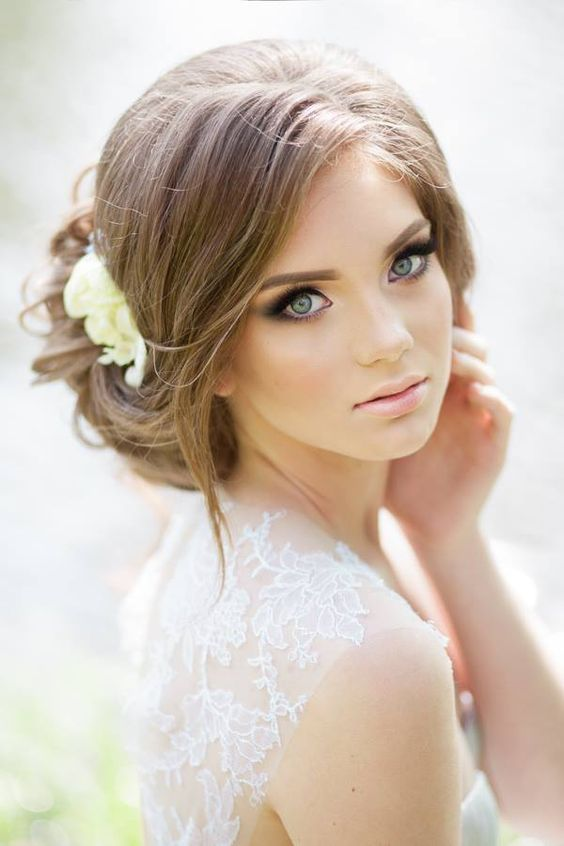 Stunning Natural Wedding Hairstyle for Bride 17