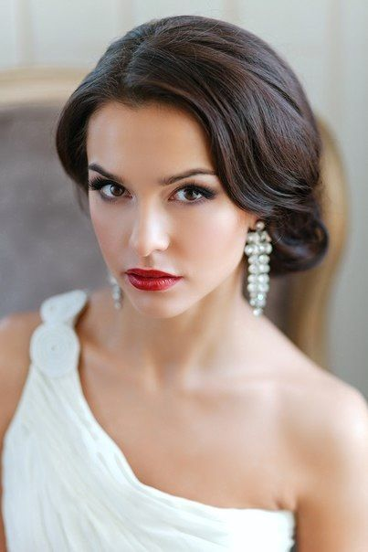 Stunning Natural Wedding Hairstyle for Bride 26