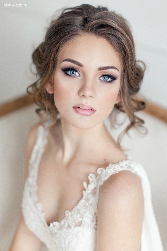 Stunning Natural Wedding Hairstyle for Bride 30