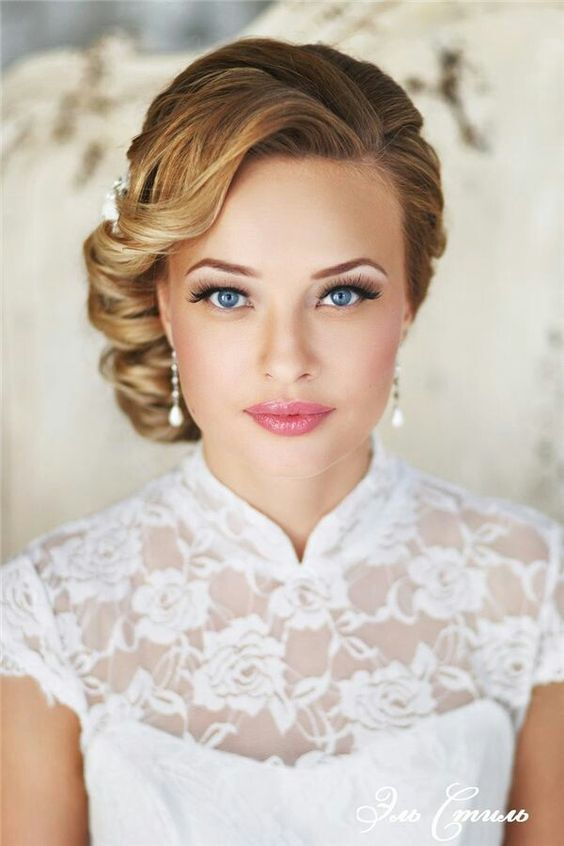 Stunning Natural Wedding Hairstyle for Bride 7