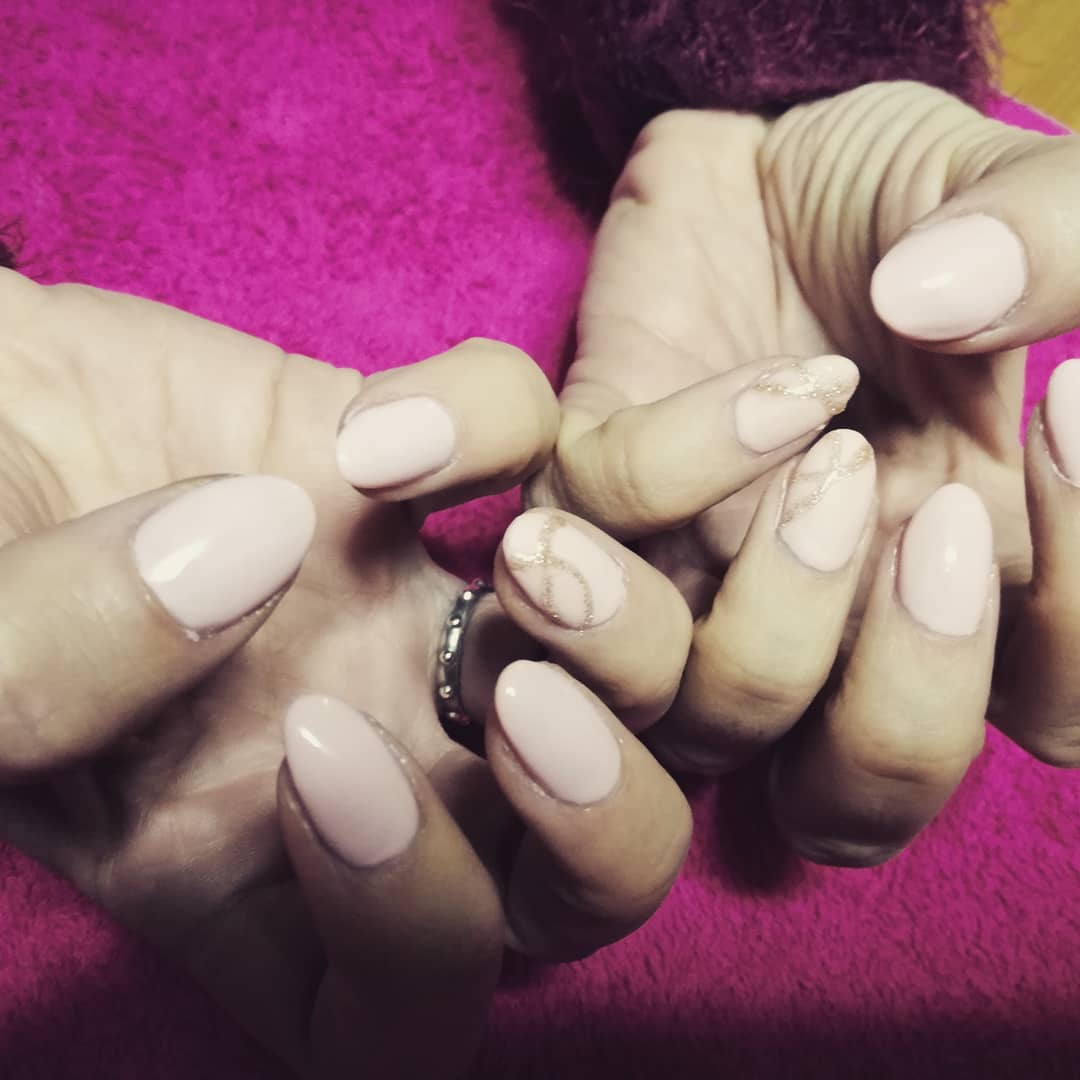 11 romantic nail designs ideas