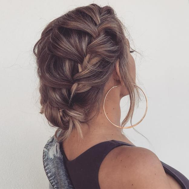 12 Quick And Easy Hairstyle For Busy Women