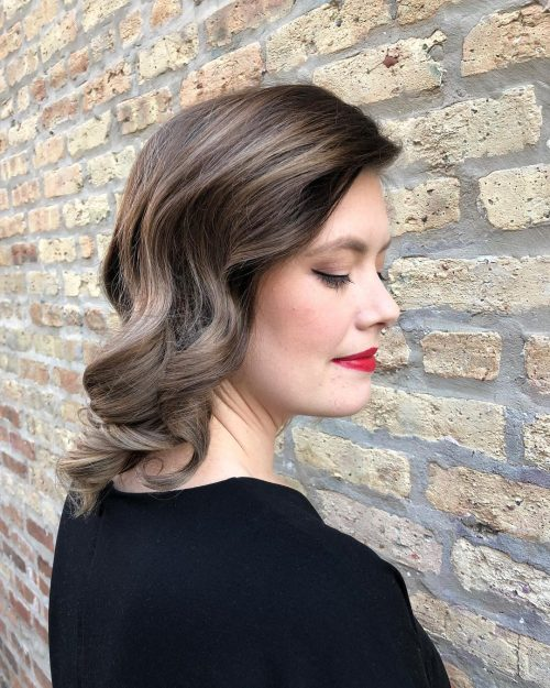 13 Stunning Shoulder Length Hairstyles and Haircuts