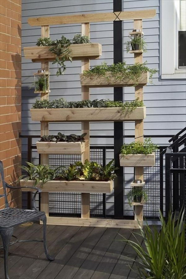 14 Planter Shelves Out Of Old Pallets