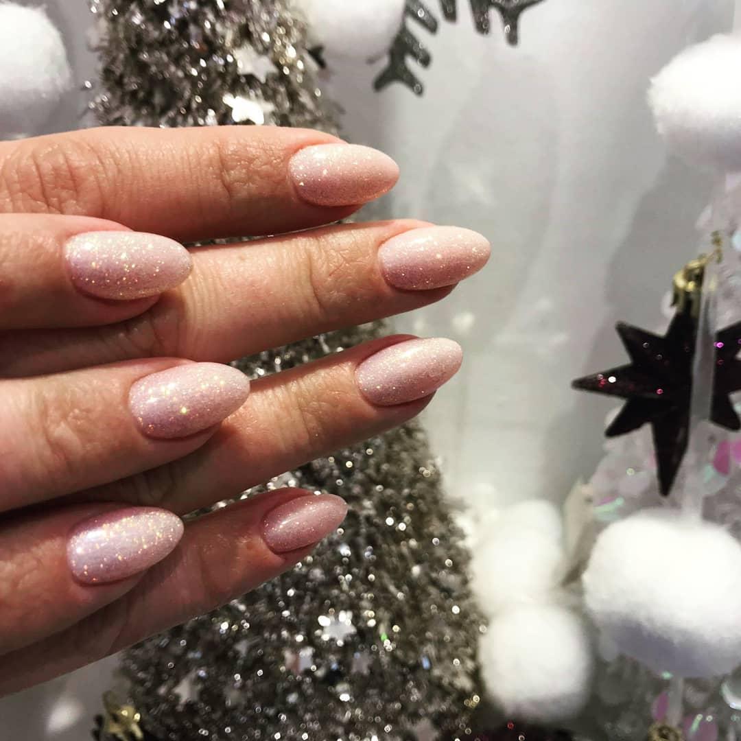 14 romantic nail designs ideas