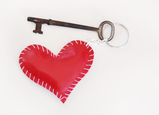 20 Gift Ideas for Valentines Day That You Can Make Yourself
