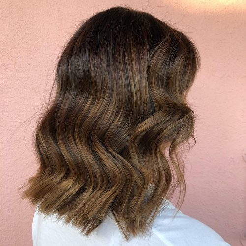 33 Stunning Shoulder Length Hairstyles and Haircuts