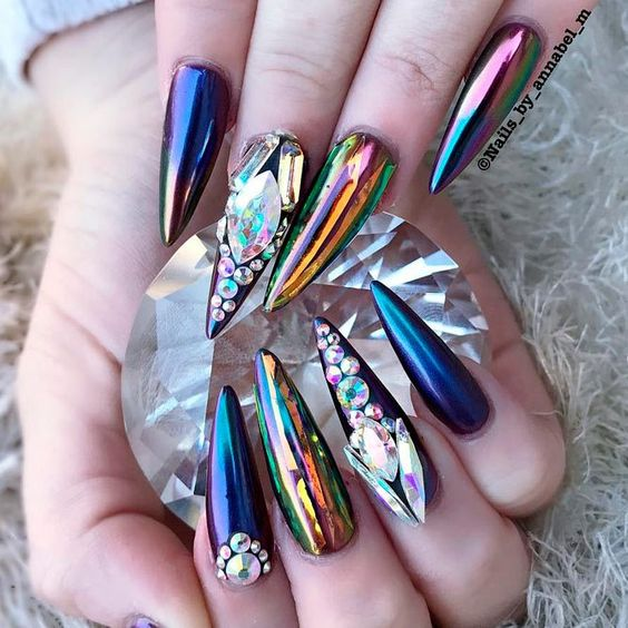 38 Cool Stiletto Nail Designs