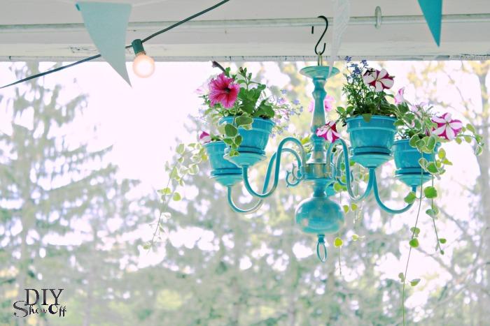 5 Unique  DIY Planter Ideas For Your Front Porch