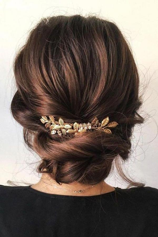 HALF UP HALF DOWN WEDDING HAIRSTYLES IDEAS 18