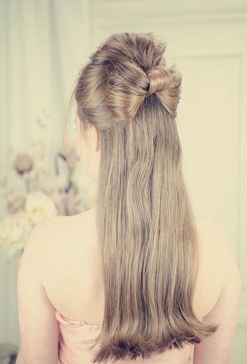 HALF UP HALF DOWN WEDDING HAIRSTYLES IDEAS 30