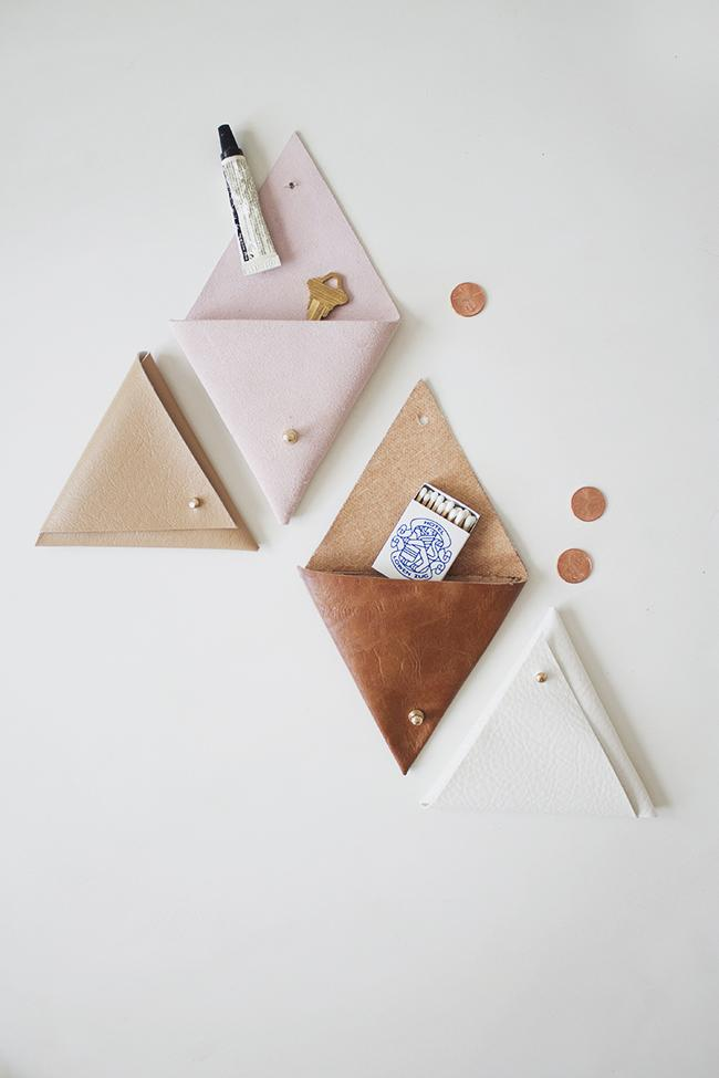 1 DIY Triangle Leather Pouch