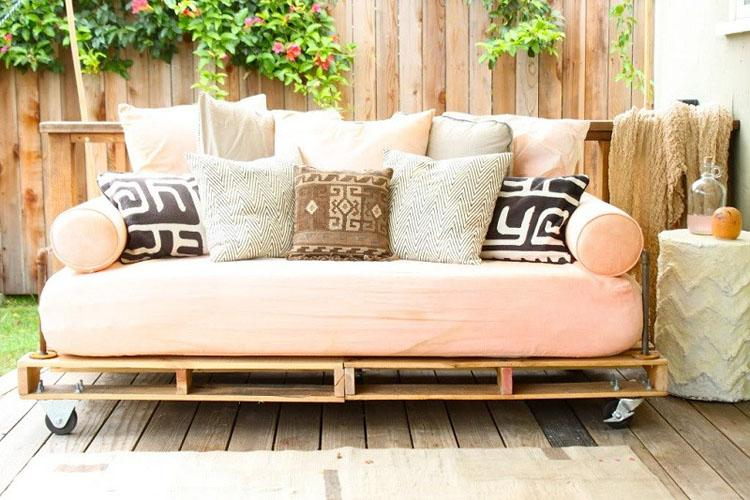 1 Pallet Daybed