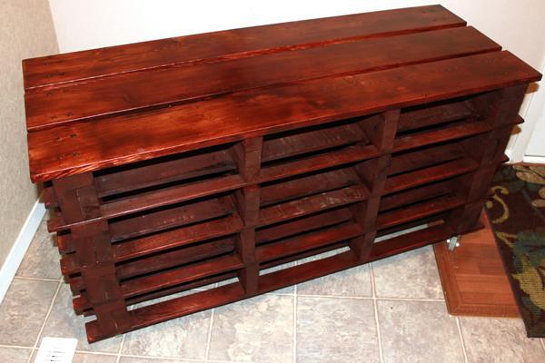 1 Pallet Shoe Storage Bench