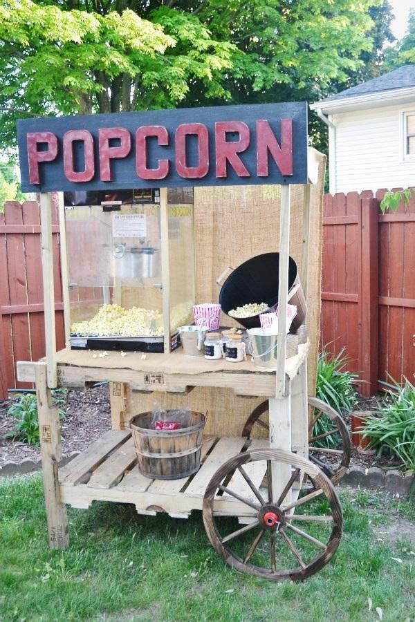 10 Popcorn Stand