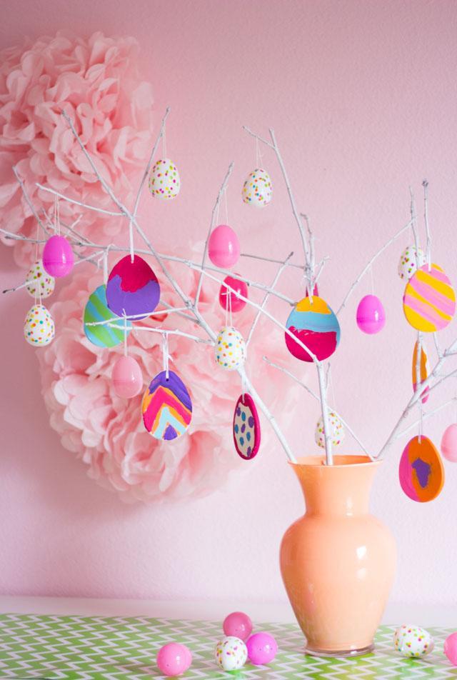 17 Easter Egg Tree