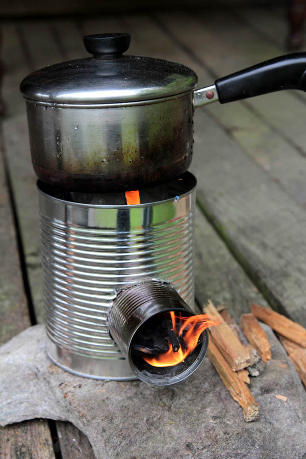 17 Tin Can Portable Rocket Stove