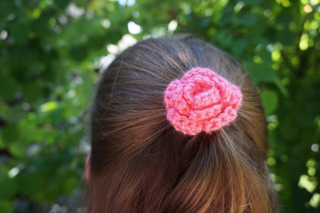 18 Crochet Flower Hair Ties