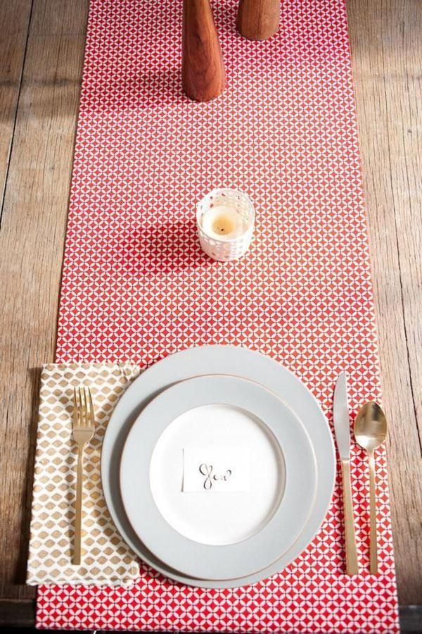 18 No-Sew Table Runner