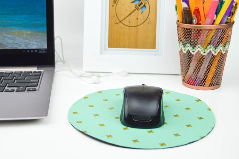 19 Fabric Covered Mouse Pad