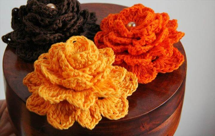 23 Gratitude Flower Crocheting Pattern