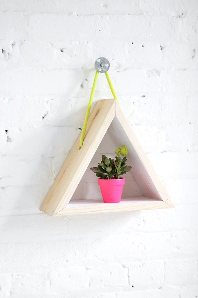 25 Hanging Triangle Shelf