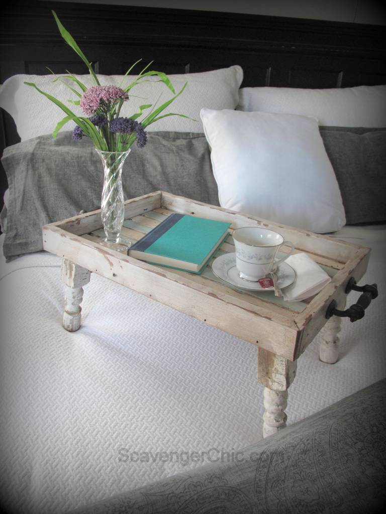 25 Reclaimed Wood Bed Tray