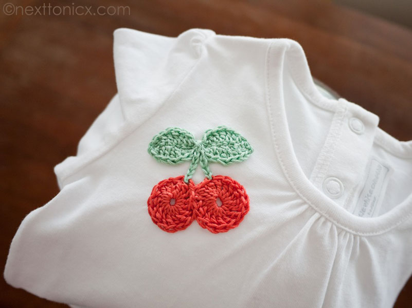 26 Crochet Cherry Brooch