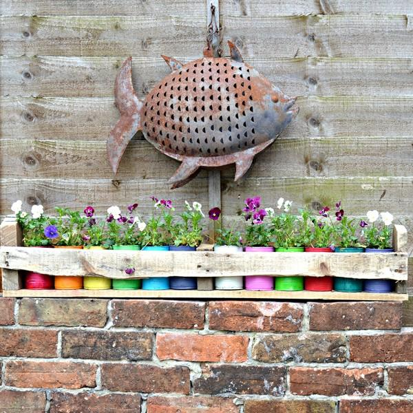 3 Colourful Tin Can Planters and Pallet Holder